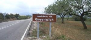 foto van een meridiaanbord tussen Albocàsser en Sant Pau